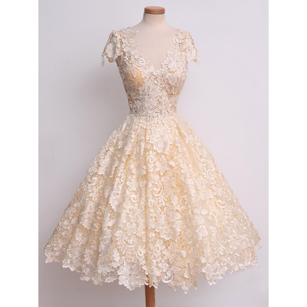 http://www.dresslily.com/v-neck-cap-sleeve-crochet-flower-lace-dress-product970067.html
