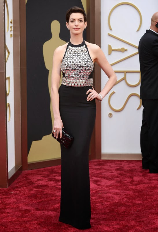 Oscars 2014 Red Carpet, Anne Hathaway