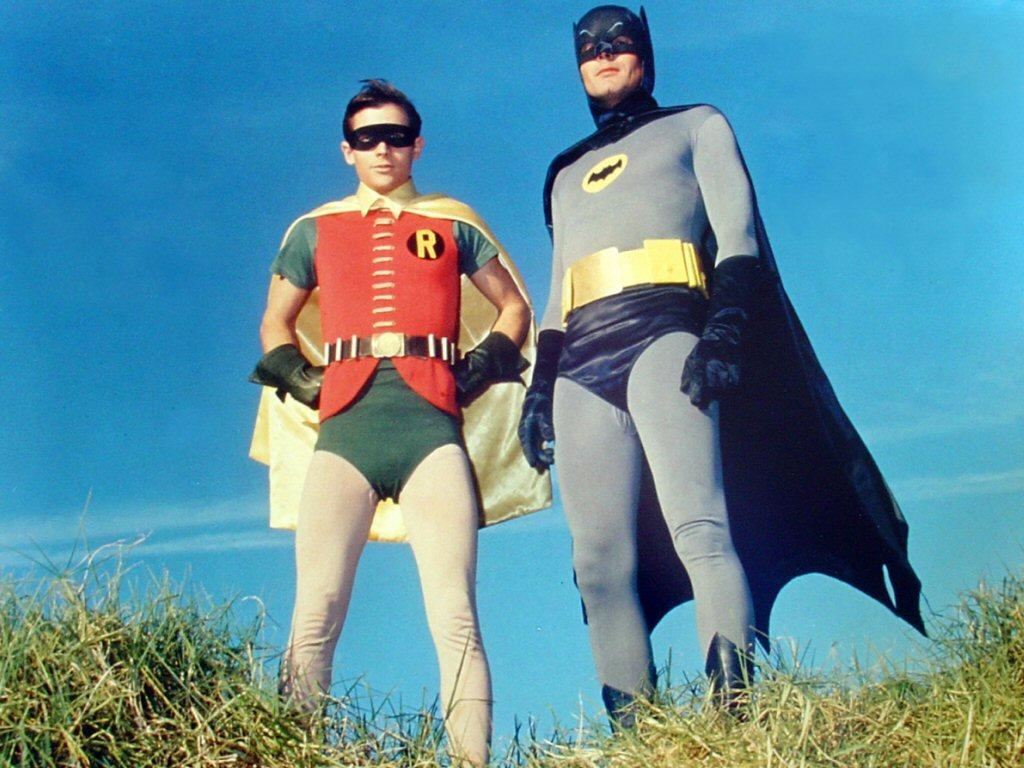 http://1.bp.blogspot.com/-whAibHRWz10/UGc8Gj7_T7I/AAAAAAAACc4/iCDCit2CzjQ/s1600/1966-Batman-and-Robin_1339075867.jpg
