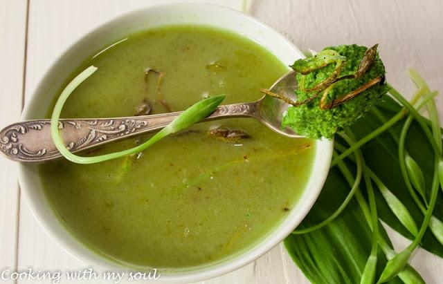 Supa crema de leurda cu pesto