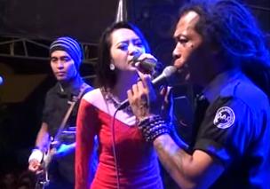 Duet Romantis Rena KDI feat Sodiq Monata - Yang Tersayang MP3
