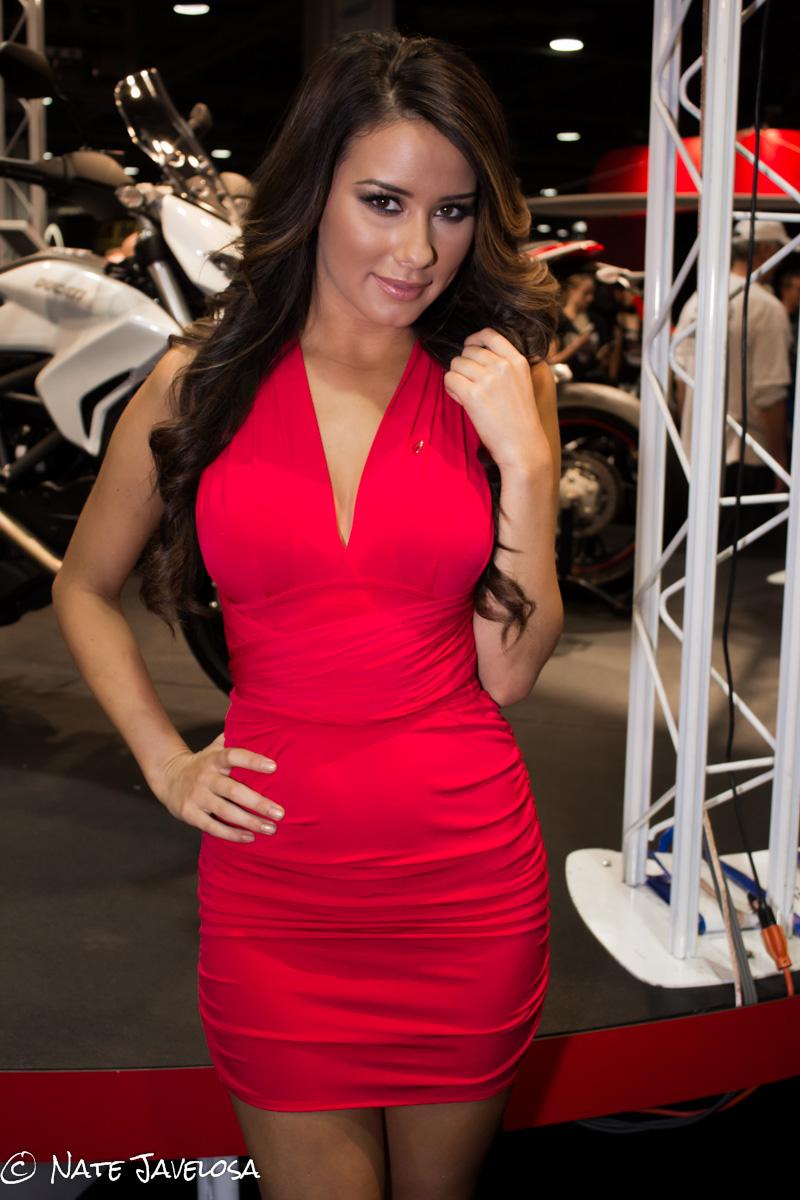 Progressive Motorcycle Show >> Javelosa: Progressive International Motorcycle Show of Long Beach 2012: Ducati Ladies in Red ...