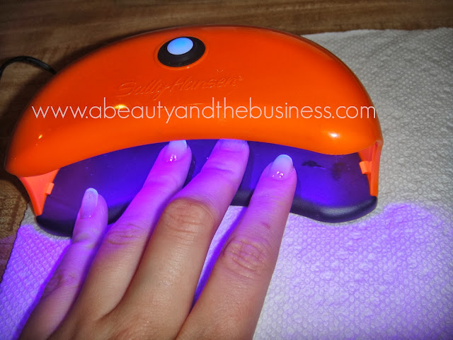 Gel Manicures for Dummies: How to do a Gel Mannicure at home., how to do a gel manicure at home, at home gel manicures, how to use gel polish, gel starter kit, sally hansen gel polish, gel polish starter kit, how to use a gel kit, how to use gel polish,