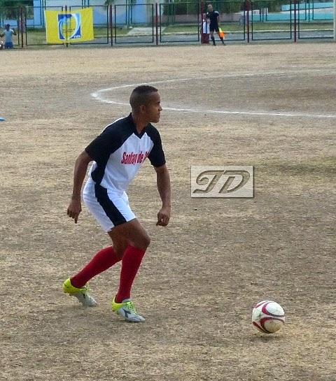 jugador fútbol Santiago de Cuba