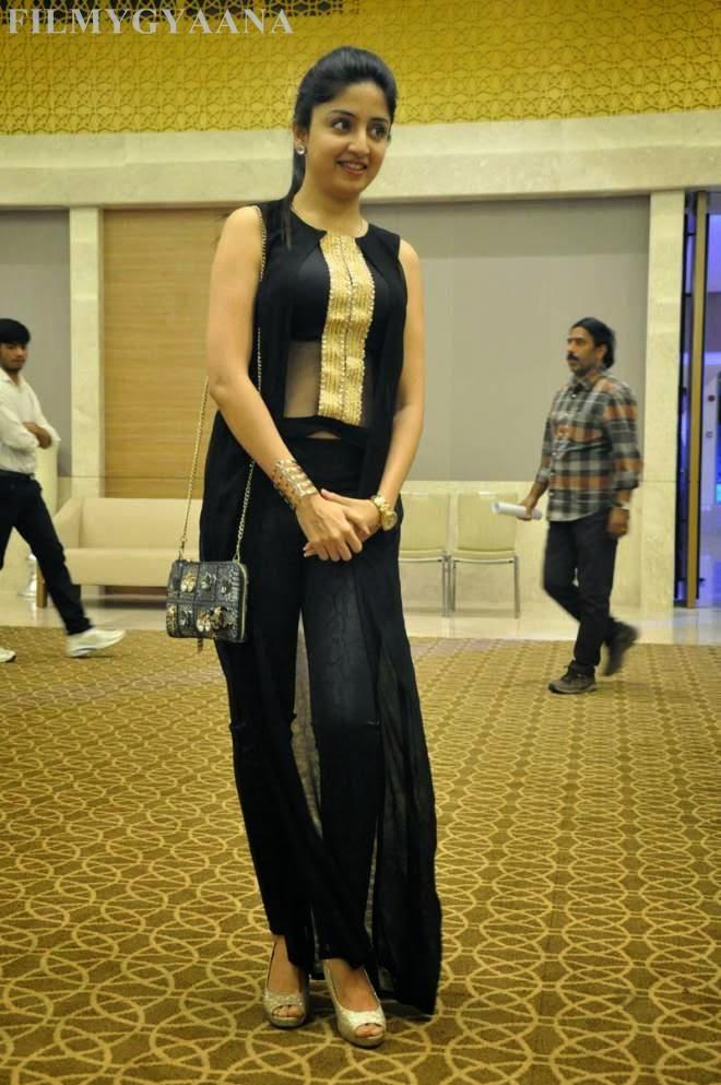 Poonam Kaur Latest Stills