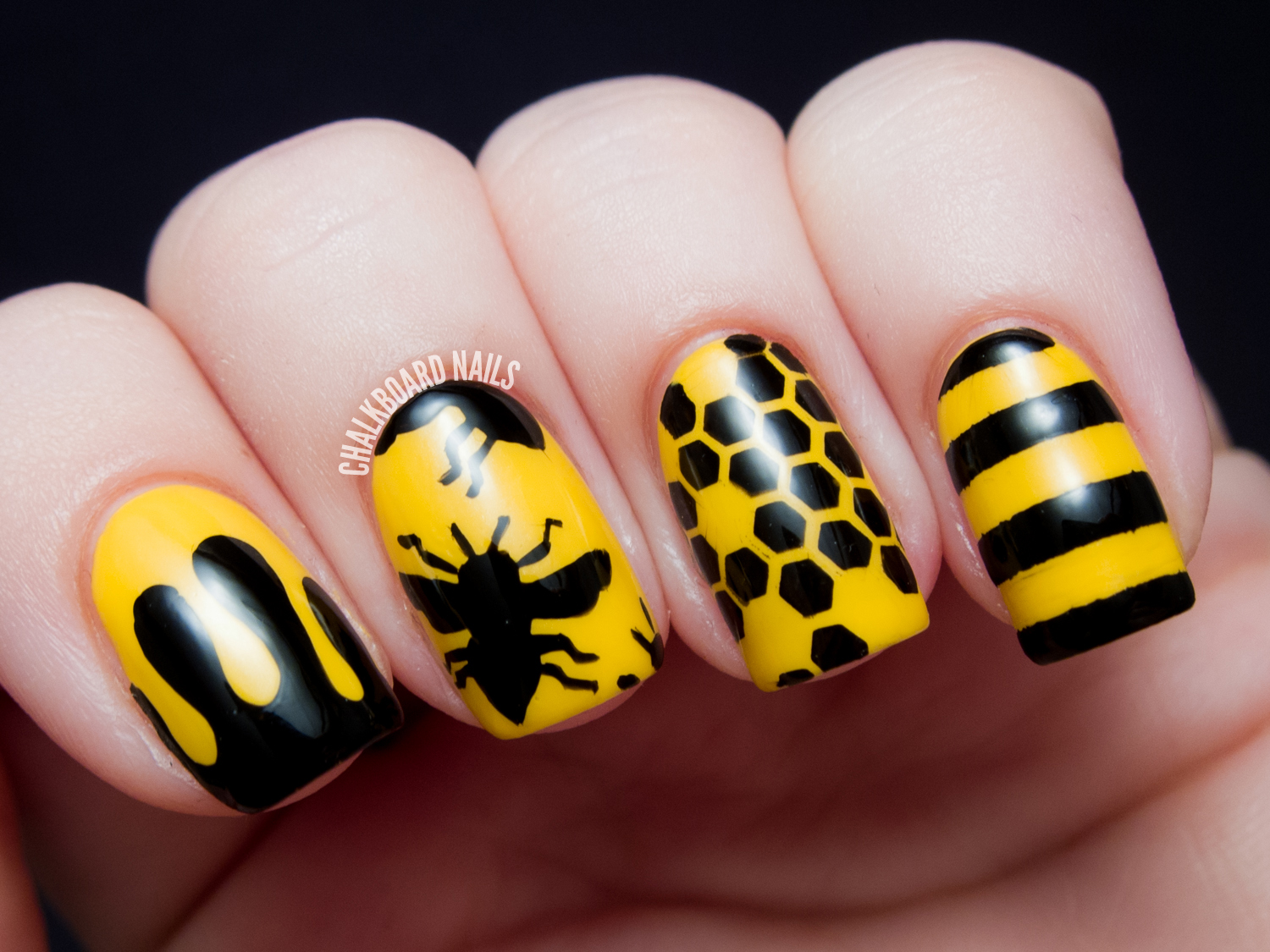 31dc2013 day 03 yellow bee silhouettes chalkboard nails nail 31dc2013 day 03 yellow bee silhouettes chalkboard nails nail art blog prinsesfo Choice Image