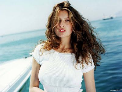 Laetitia Casta - Martial Arts