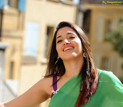 Hot Tollywood actress TAMANNAH in saree