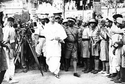 1939 में सुभाषचन्द्र बोस का अखिल भारतीय कांग्रेस कमेटी की बैठक में आगमन