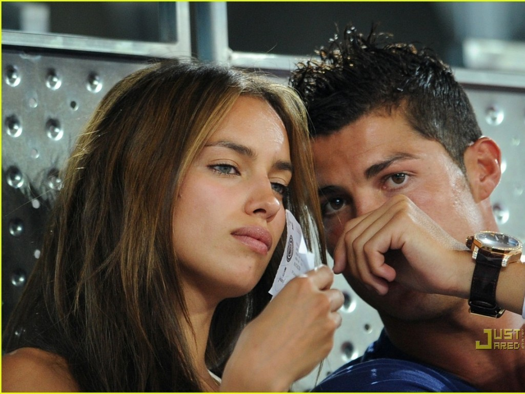 http://1.bp.blogspot.com/-wiyS_3Lf-Q0/TfJR2fcjJwI/AAAAAAAAAe4/wYFVIBn3StQ/s1600/girlfriend-irina-and-c-ronaldo-cristiano-ronaldo-15561580-1024-768.jpg