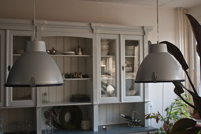 Hand have a nice day nieuwe lampen for Verlichting eetkamertafel