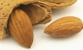 Kacang Almond, Pembentuk Otot dan Pencegah Berat Badan Berlebih
