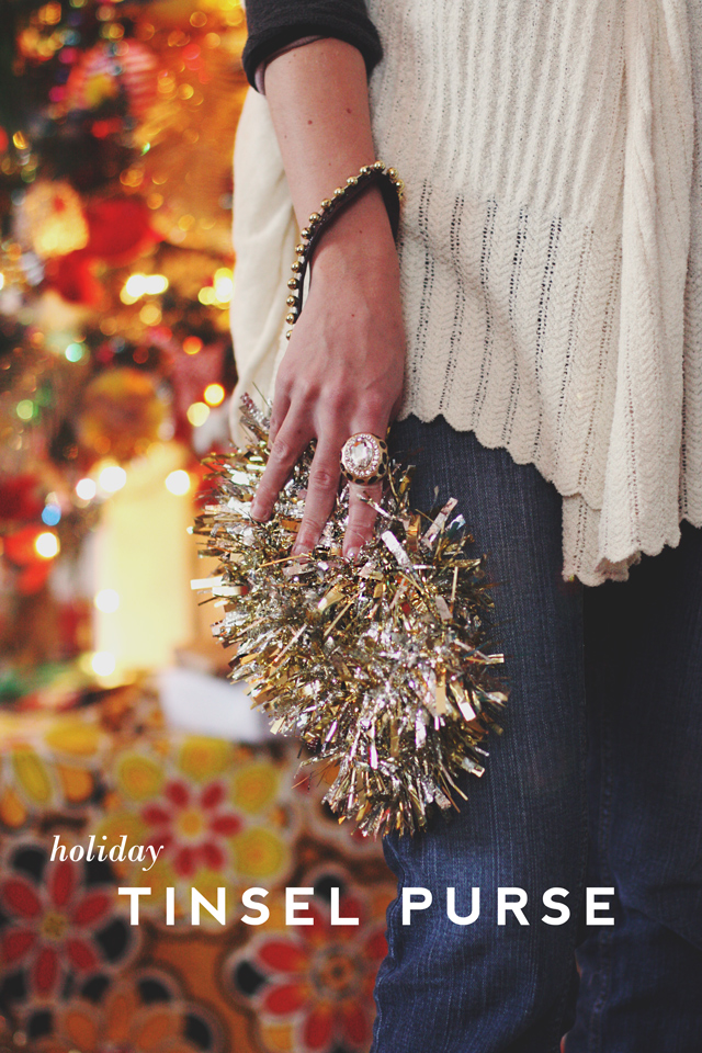 25 DIY Sparkling Ideas - These shiny ideas are perfect for New Years and any other party! You gotta love glitter... MUST SEE!!! Pin it now and make them later!