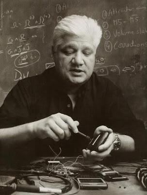 Mike Lazaridis - Pendiri BlackBerry