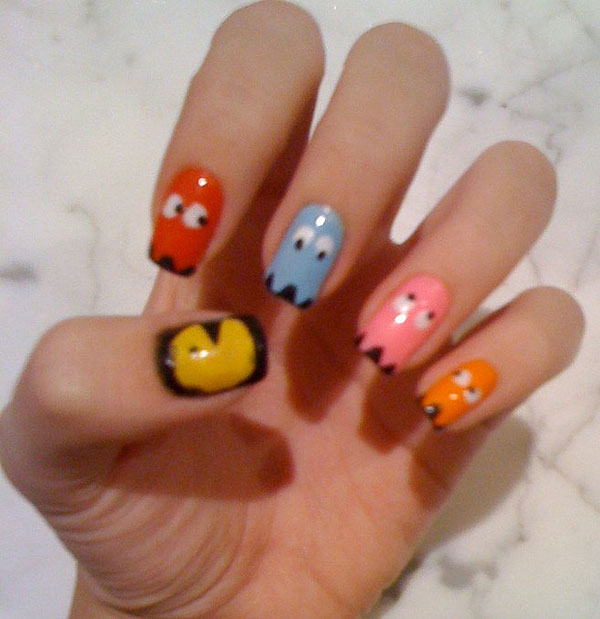 game pacman nail design