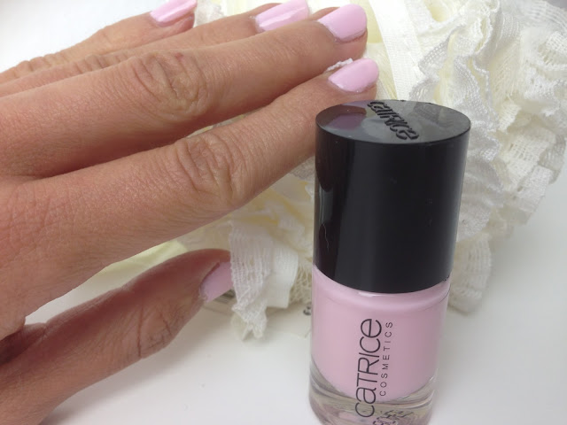 Catrice Nail Polish Love Affaire in Bel Air Swatches
