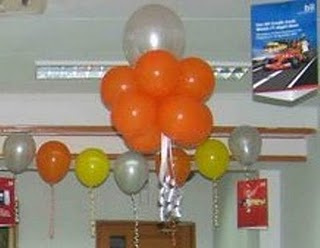 Balon lampion dan tebar