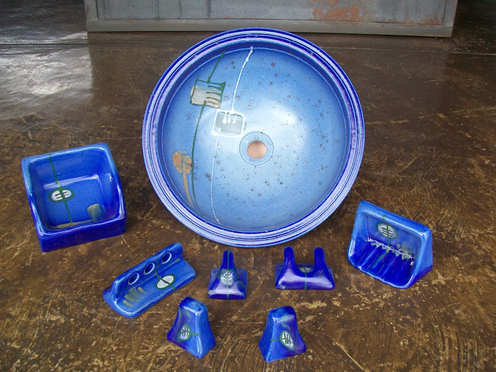 Miguel ngel peraza artesan a juegos de accesorios de for Juego de accesorios para bano de ceramica