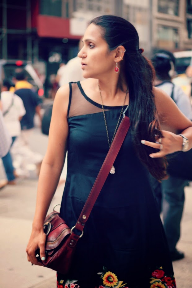 Black Dress, New York City, Flats, Tanvii.com