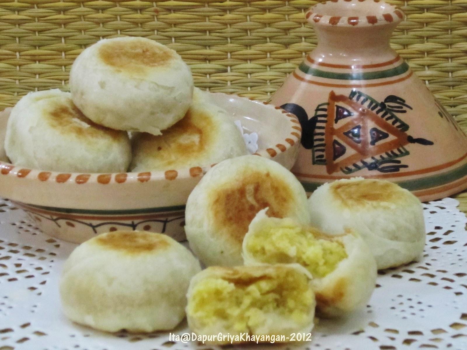 Dapur Griya Khayangan: Bakpia Isi Kacang Hijau
