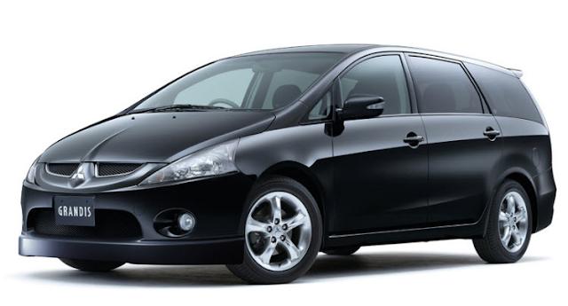 Cho thuê xe Mitsubishi Grandis 2.4 AT 2009