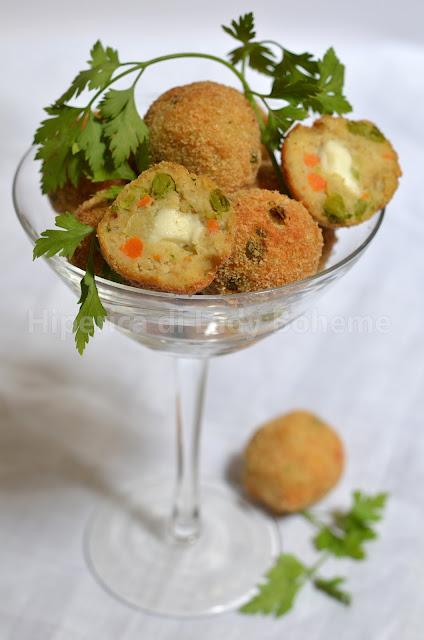 hiperica_lady_boheme_blog_di_cucina_ricette_gustose_facili_veloci_polpette_di_carne_con_verdure_e_mozzarella_1