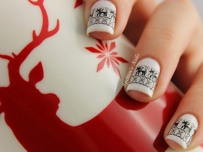 White Christmas Reindeer Nails