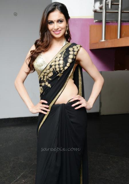 Simran_kaur_mundi_black_saree