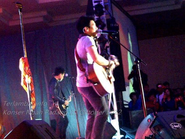 Foto Noah Konser di Padang