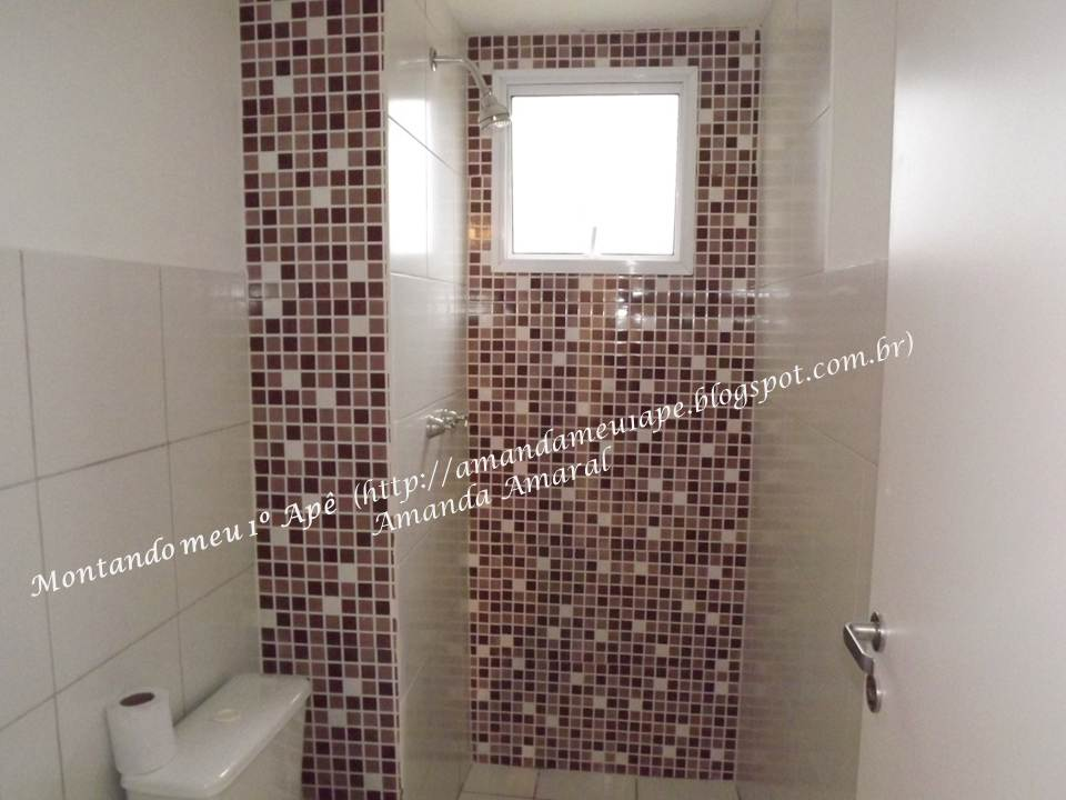 Montando meu 1º Apê Primeira Etapa da Reforma do Banheiro -> Banheiro Com Revestimento Que Imita Pastilha
