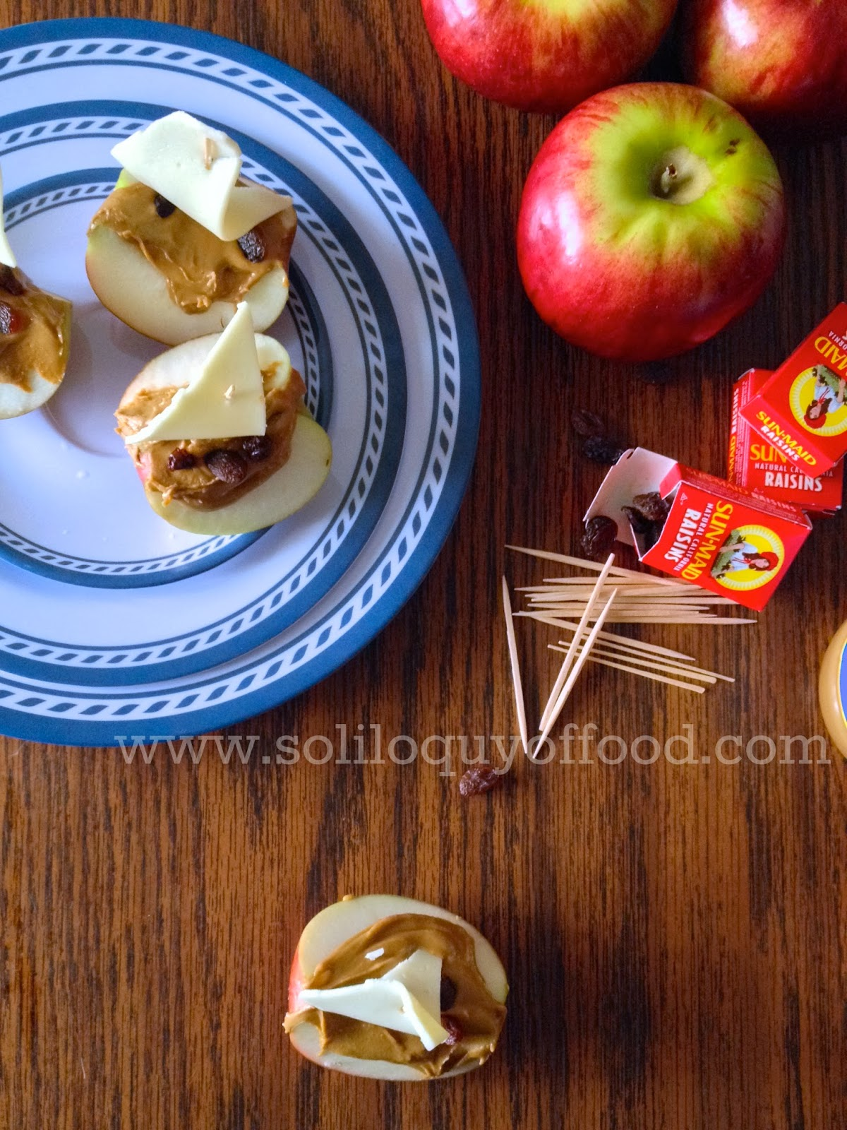 Sunbutter Apple Sailboats - www.soliloquyoffood.com