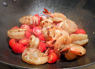 Shrimp in Wok with Tomatoes