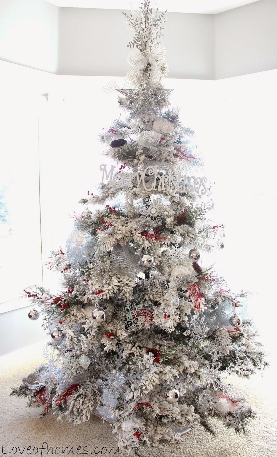 Love Of Homes Red White Silver Christmas Tree