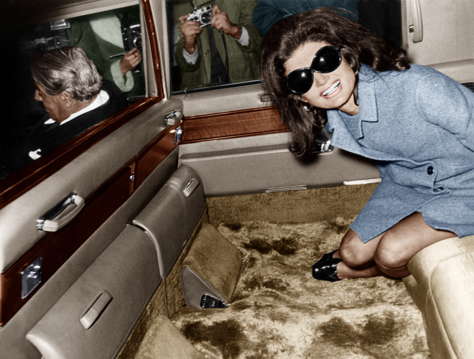 jackie kennedy onassis and aristotle onassis. Jackie Kennedy Onassis leaves