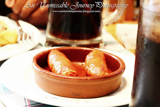 Marjolyn Lago Travel Photos Spanish restaurant chorizo chicken in Barcelona Spain