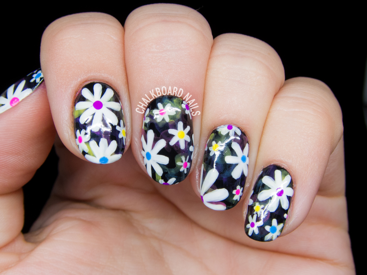 Electric Daisy Floral Print Nail Art | Chalkboard Nails | Nail Art Blog