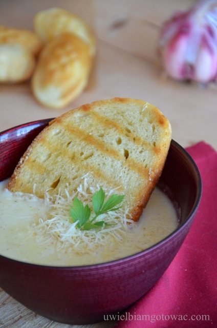 Zupa oscypkowa (Zupa z oscypka)