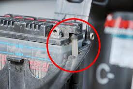 Cara Yang Benar Memeriksa Dan Merawat Aki Motor (Battery)