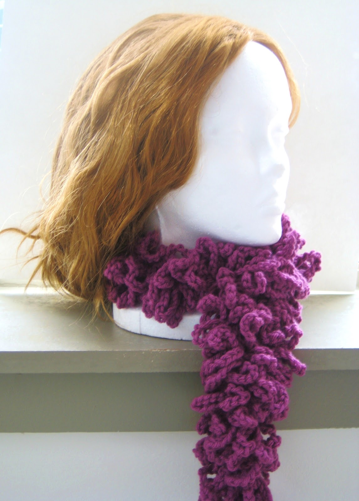 Free Crochet Pattern For Boa Scarf : Crochet Dreamz: A la mode Boa Scarf, Free Crochet Pattern