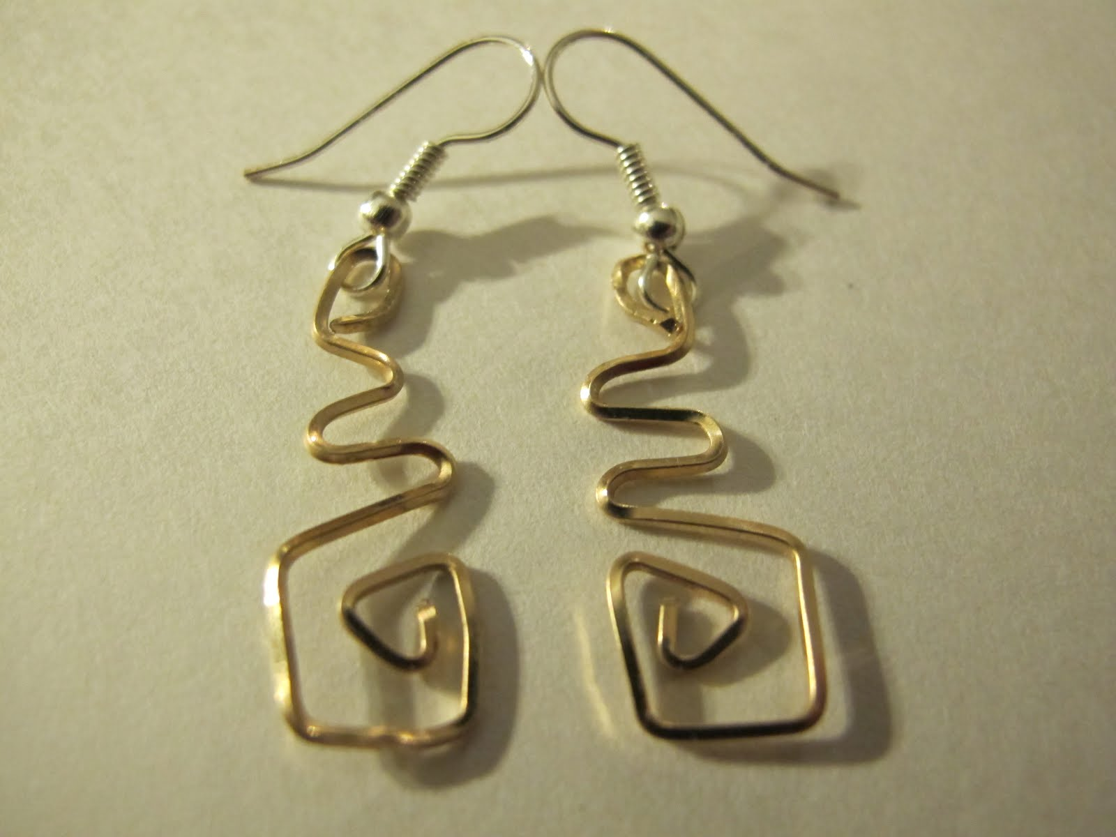 Naomi\'s Designs: Handmade Wire Jewelry: Gold wire wrapped earring ...