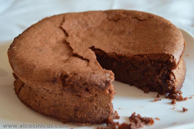 Pastel de nueces y chocolate