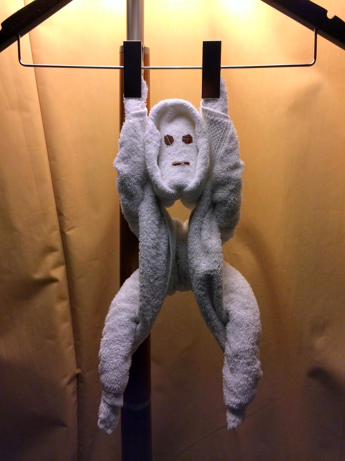 Towel monkey in Doha