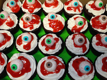 Eyeball cupcakes