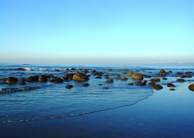 A celestial scenery of Inani beach.