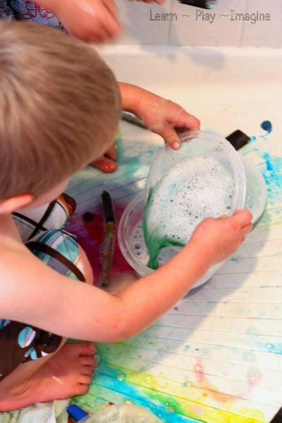 Color mixing with homemade bath paint