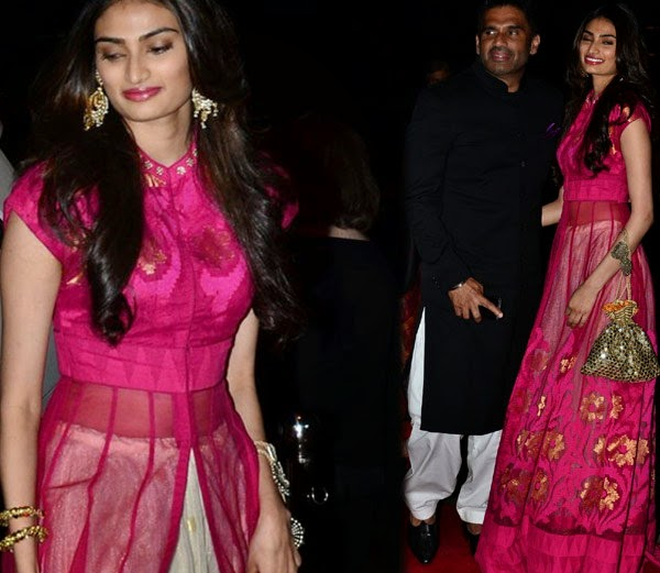 sunil shetty daughter attend arpita marriage party