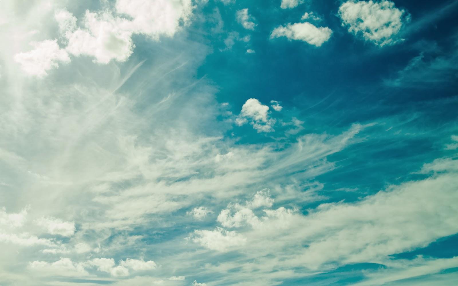 "<img src=""http://1.bp.blogspot.com/-wmBByBfzAyQ/Ut_qRL2AhOI/AAAAAAAAJuI/8ZxA4X81Cg4/s1600/clean-sky.jpg"" alt=""clean sky"" />"