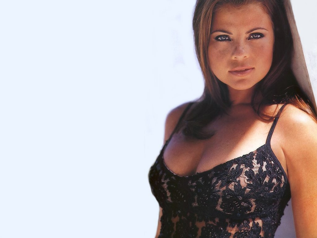 Yasmine Bleeth Wallpapers