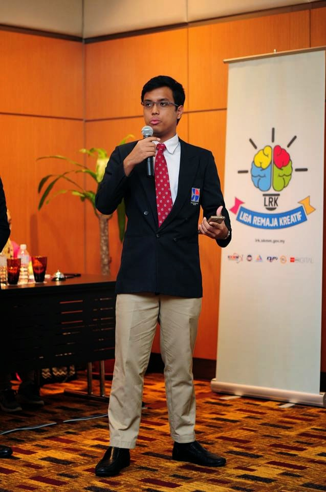Sesi Pitching Top 5 Liga Remaja Kreatif 2014 Kategori Apps dan Web Portal