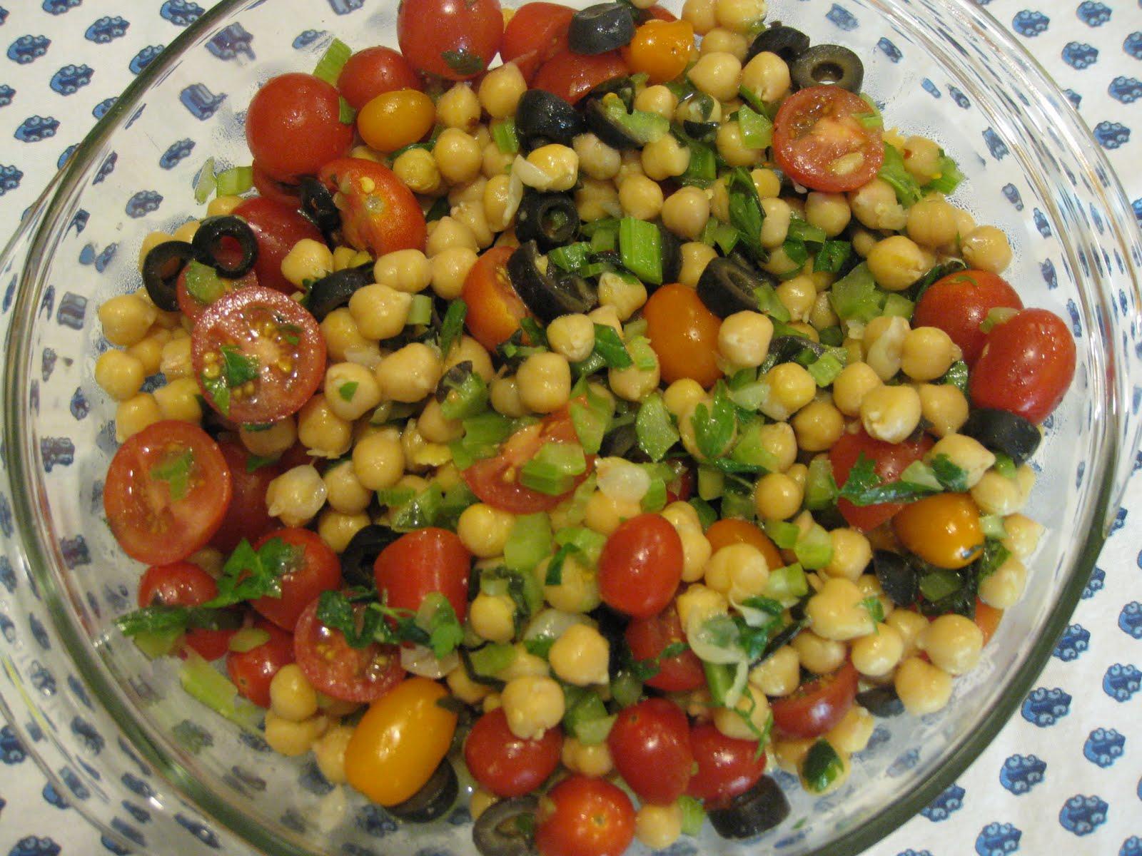 Vegan in Bellingham: Chickpea Fresh Herb Salad